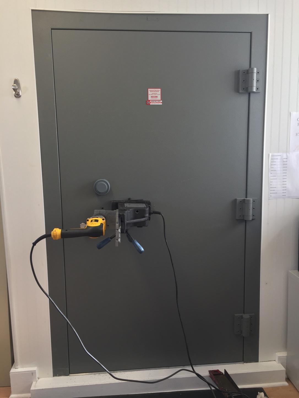 change combination services safe vault repair services